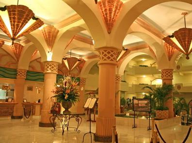 inside the villa del palmar resort