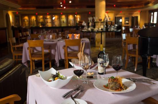 Dining at La Casona Villa La Estancia